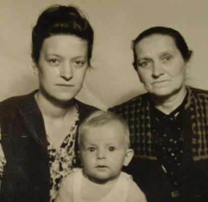 Janina, Józefa and Tadeusz Bąbka