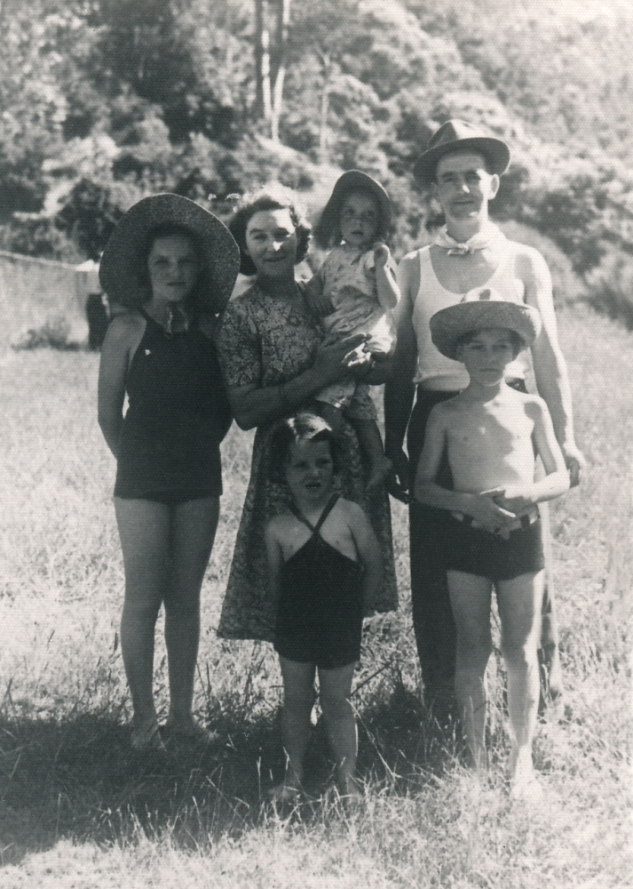 James and Norah with  their children. Carol about 18 months in her mother's arms