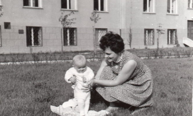 Ela with  Małgorzata outside the Forest Research Institute in Warsaw.