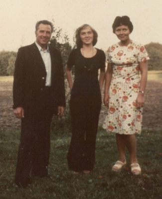 Bronisław, Eleonora and  Małgosia at the Łęki Górne farm.