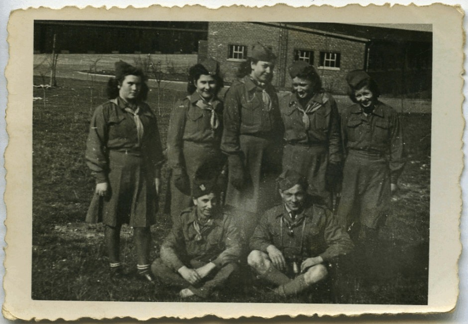 Janina Bąbka with  six other mambers of her scout group
