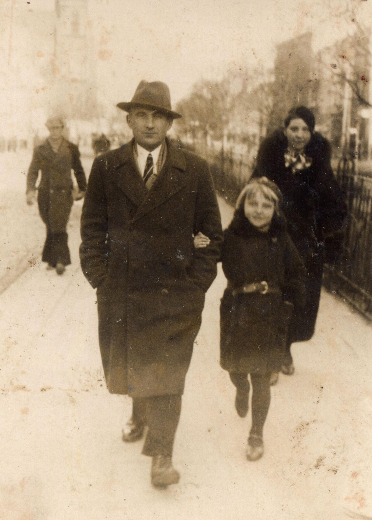Jan Jarka with  Jadzia in Białystok 1936
