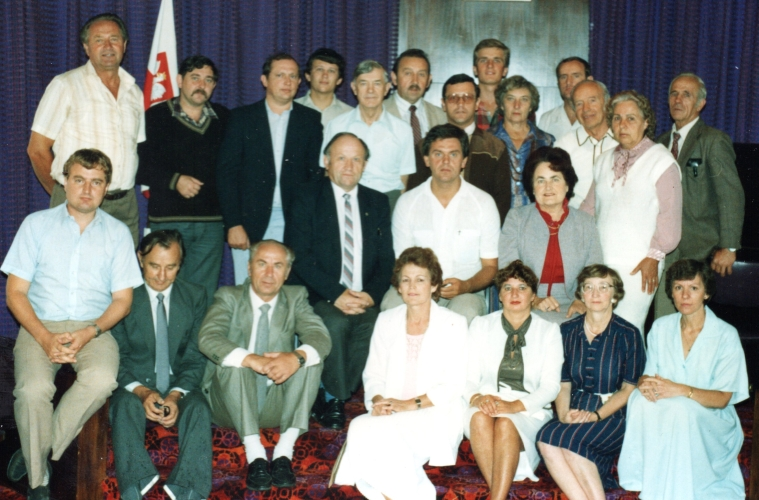 Marysia with members of the Auckland Polish Association