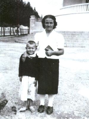 Joe Jagiełło with  Aunty