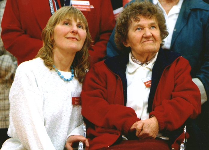 Lonia and Janina at the 60th anniversary celebrations of the 838 Polish refugee adults and children arriving in  Wellington in 1944