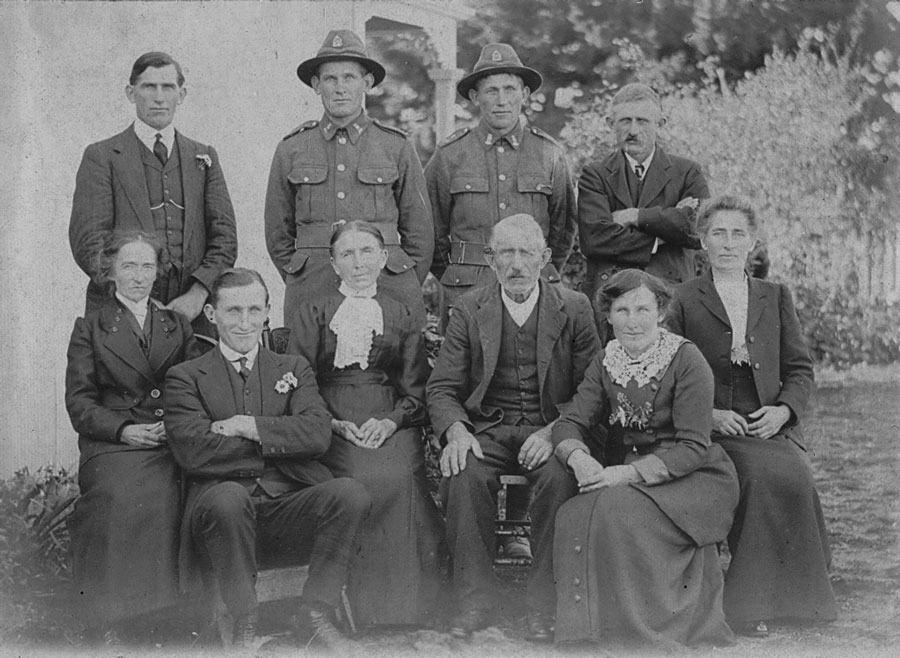 Neustrowski  family