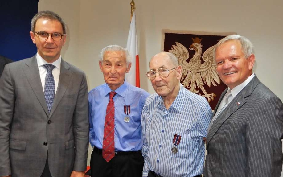 Adam  with Stanisław Szczepański, Zbigniew Gniakowski and Boguslaw Nowak, 7 December 2017, after receiving the Pro Patria medal.