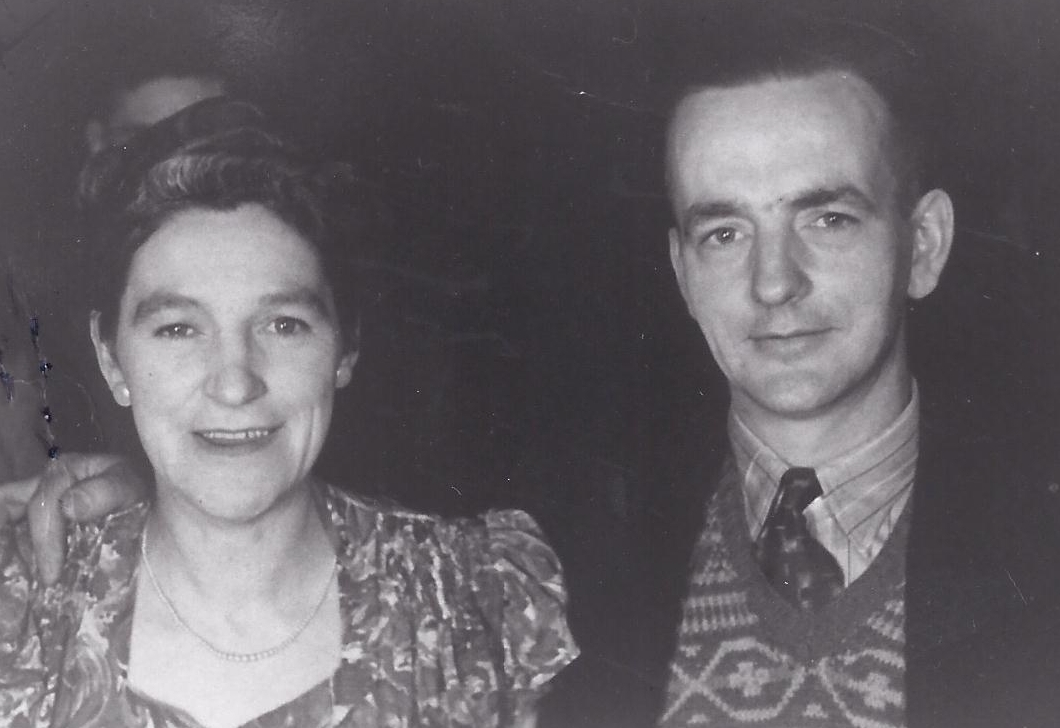 Head and  shoulders pic of Norah and James at a function c 1948