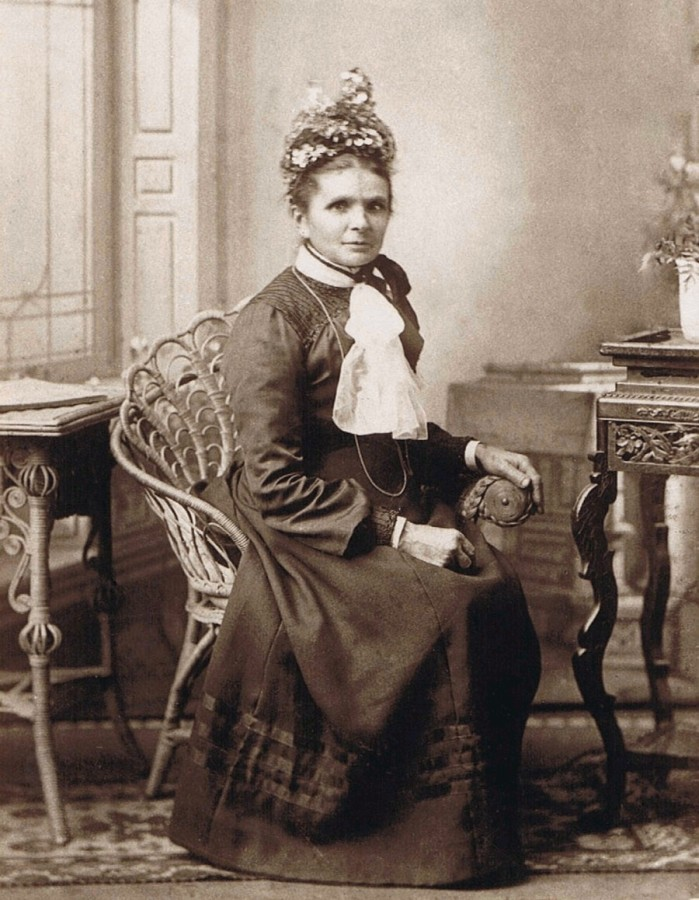 Studio photograph of  Anna Ciepielusz