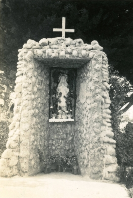 The old grotto in  Pahiatua