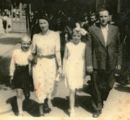 Stanisław, Marysia,  Jan and Jadzia Jarka on a street in Białystok