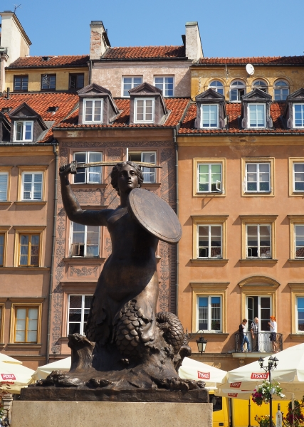 The mermaid statue in  the Market Square, Old Town, Warsaw
