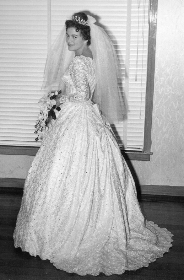 Marysia  Dac in her wedding dress