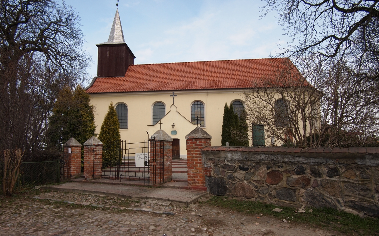 The Godziszewo  church taken from the outside on a winter's day