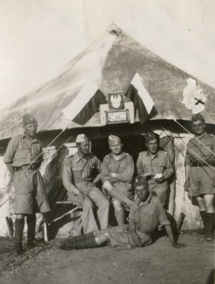 Bronek with other junaki in Palestine.