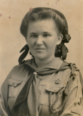 Janina Marchewa in girl guide uniform at Pahiatua.