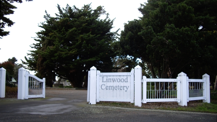 Entrance gates  at the Linwood cemetery.