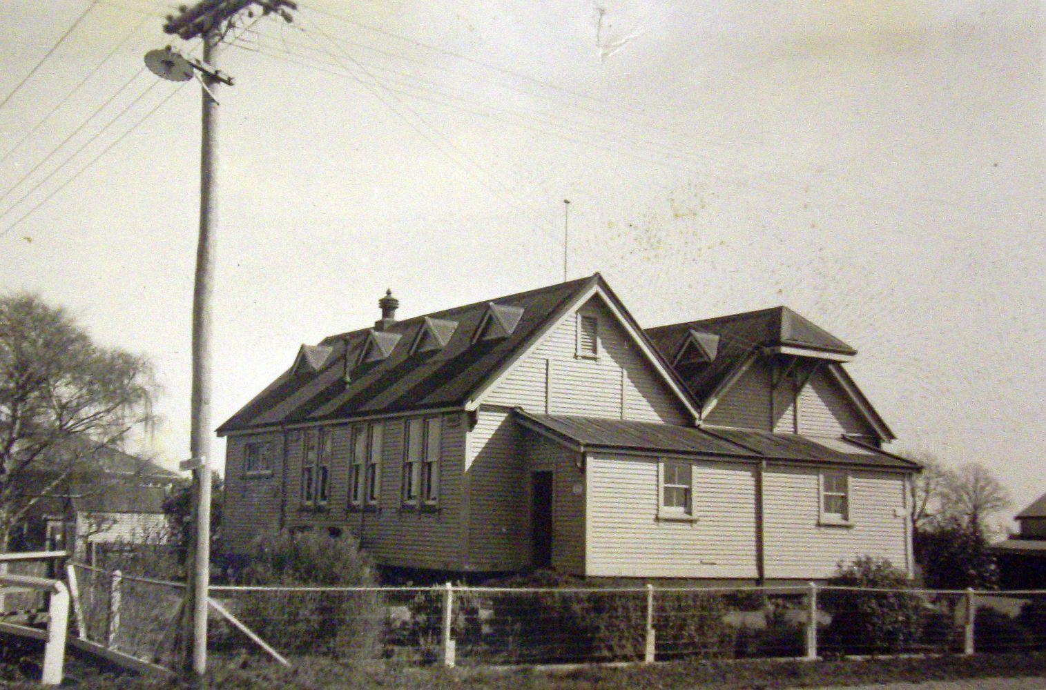 Marshland  school, taken from the corner of Prestons and Marshland roads
