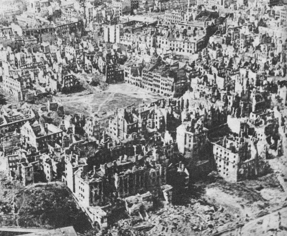 Warsaw in  ruins, January 1945.