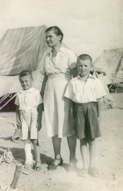 Stefania  Nieścior with Janusz and Rysiek in Persia