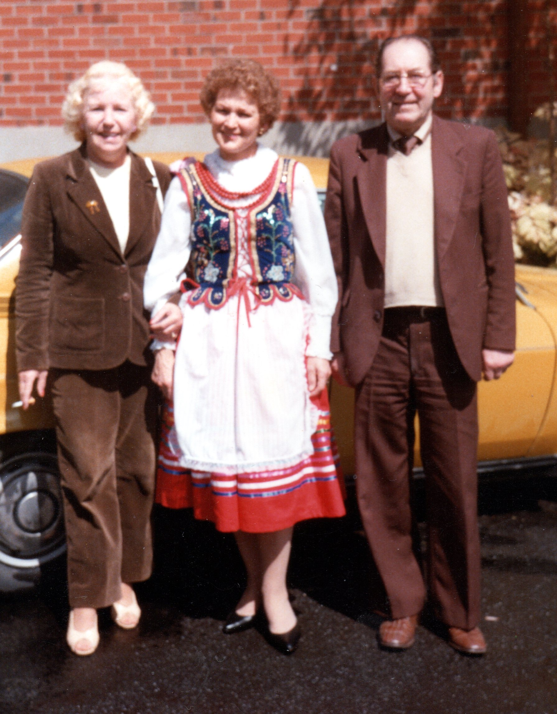 Adam  with Christine and Marysia Jaśkiewicz