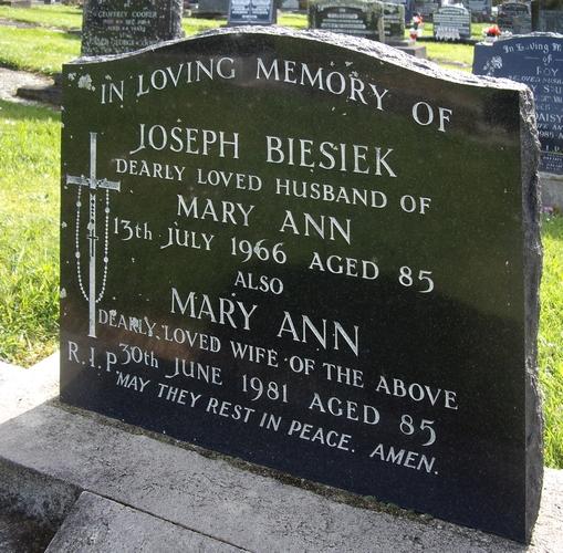 Joseph Biesieks  and his wife Mary Ann's headstone.