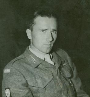 Head and shoulder shot of Władysław Błażkówhis Polish military uniform.